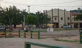 Acará - Acará-PA-Praça e Igreja da Assembléia de Deus-Foto:joelsvaz