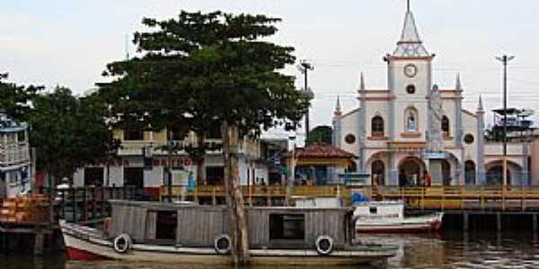 Afuá-PA-Matriz de N.Sra.da Conceição-Foto:Ilha do Marajó - WordPress.com