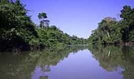 Água Azul do Norte - Rio Água Azul-Foto:aguaazuldonorte.pa.