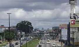 Ananindeua - Avenida central em Ananindeua-Foto:Dricobel