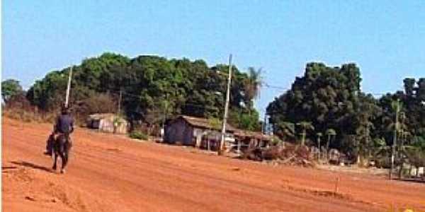 Barreira dos Campos-PA-Estrada-Foto:www.universodosviajantes.com