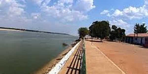 Barreira dos Campos-PA-Orla do Rio Araguaia-Foto:www.universodosviajantes.com