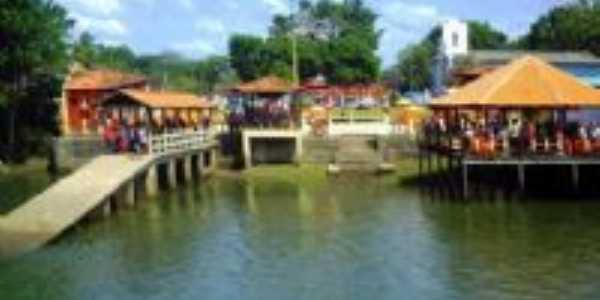 Orla de Benfica do outro lado do rio, Por Leonan Faro