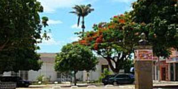 Caculé-BA-Prédio do Fórum antes da reforma da praça-Foto:Sinésio Prates Filho