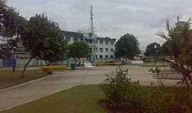 Bragan�a - Bragan�a-PA-Pra�a ao lado da Catedral de N.Sra.do Ros�rio-Foto:Eloi Raiol 12 9