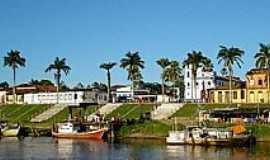 Bragança - Bragança-PA-Rio Caeté e a cidade-Foto:www.solardocaete.com.br