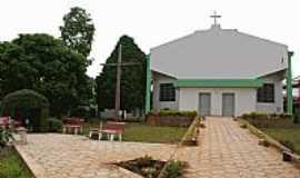 Brasil Novo - Pra�a e Igreja-Foto:Prelaziadoxingu