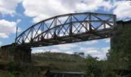 Ca�m - ponte ferroviaria, Por Shidney pereira