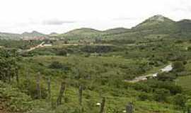 Caetanos - Caetanos ao fundo, � 2,5 km.  por adilson de lima