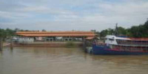 Porto Hidroviário do Camará, no Município de Salvaterra - Foz do rio Camará., Por Fernando Macedo