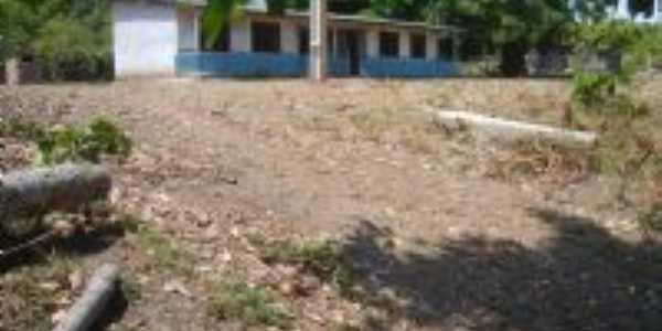 Escola da Vila Caracará, Por Fernando Macedo