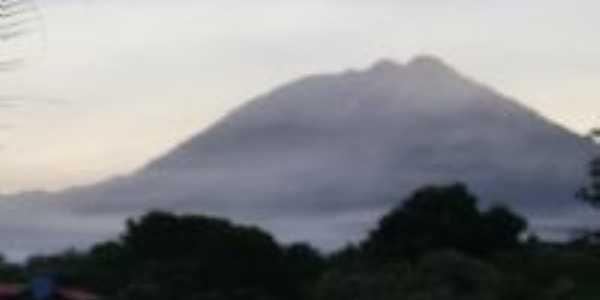 Neblina no Vale, Por  Rayssa