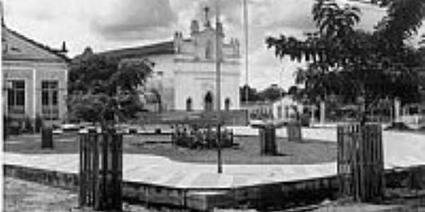 Matriz de S�o Jos� no in�cio dos anos 60 em Castanhal-PA-Foto:Reginaldo Abreu