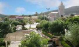 Caetit� - Pra�a da Cateral e Igreja de Senhora Santana, Por Marta