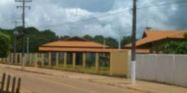 Escola Almir Gabriel, Por Jose Francisco Gonçalves