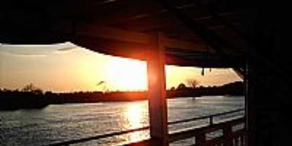 Curuá-PA-Pôr do Sol no Rio Curuá-Foto:www.rodrigoleal.