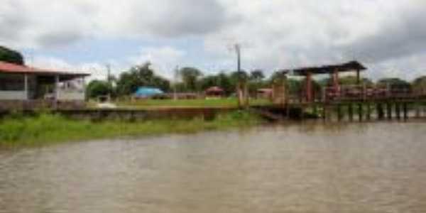 orla da vila vista do Rio Tauá, Por MÁRCIA C. P . FERREIRA