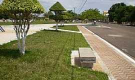 Itaituba - Itaituba-PA-Pra�a do Aeroporto-Foto:Valdemir Jr.