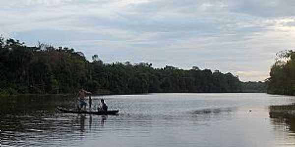 Itatupã-PA-Rio Jaburú-Foto:www.hileiaamazonica.com.br