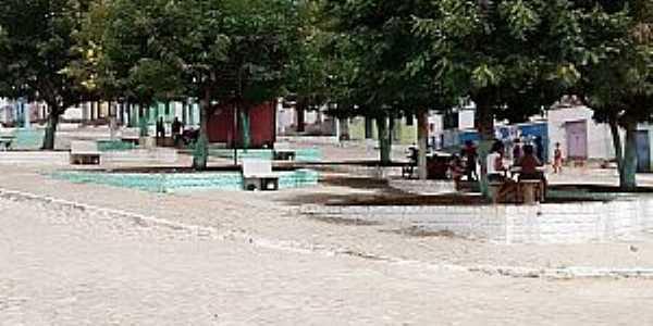 Caiubi-BA-Praça central-Foto:agazetabahia.
