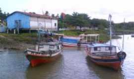 Magalhães Barata - Barcos na orla da Vila de Cafezal, Por D@niel