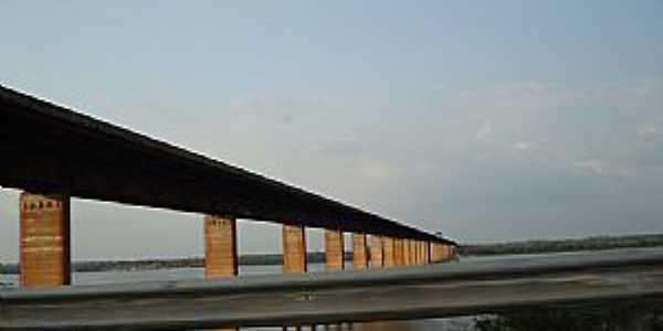 Marabá-PA-Ponte sobre o Rio Itacaiunas na entrada da cidade-Foto:marcelotec