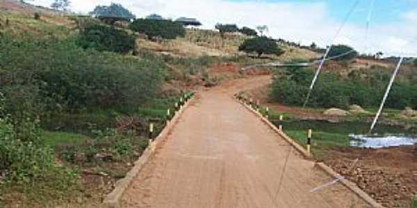 Caldeirão-BA-Ponte na estrada da cidade-Foto:nandimdoacordeon