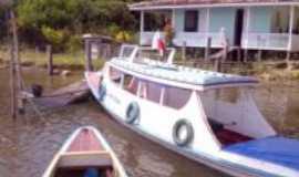 Moju - Barco e casa ribeirinhas, Por Nielson Silva