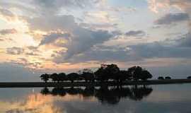 Oriximiná - Lago Cachoeiry - Oriximiná - PA Andreia Maciel