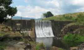 Camacan - Barragem - Estrada Camacan-Jacarecy, Por Esron Nô
