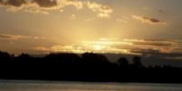 O pôr-do-sol - Por Suêdes Nascimento