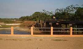 Peixe-Boi - Peixe Boi-PA-Ponte sobre o Rio Peixe Boi-Foto:leandromonteiro