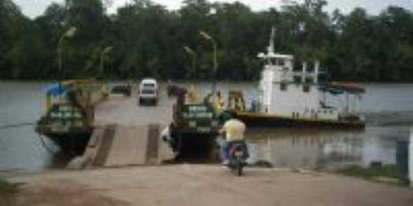 Rio Guajará-Mirim, travessia para Colares, Por Fernando Macedo