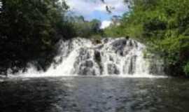 Placas - Cachoeira Grande, localizada no Rio Curuá-Una, Por Giseli cristina