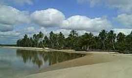 Camassandi - Praia no Distrito de Camassandi-BA-Foto:turismopelobrasil.