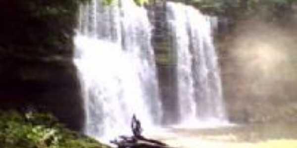 Cachoeira do Grim, Por Jacoer Nascimento
