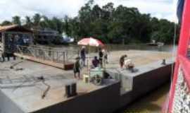 Salvaterra - Plataforma flutante instalada no trapiche do Porto do Camará, Por Fernando Macedo