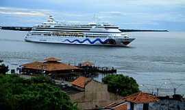 Santarém - Santarém-PA-Navio de passageiros no Rio Tapajós-Foto:luciano passos cruz