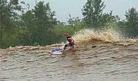 São Domingos do Capim - Surf na Pororoca 1