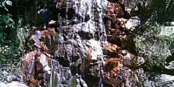 Cachoeira em Campo Formoso-BA-Foto:Antonio Gabriel R