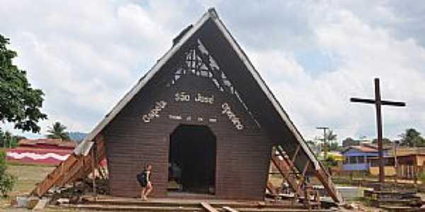 Tucumã-PA-Capela de São José, a mais antiga,sendo restaurada-Foto:Roney Wydiamaior