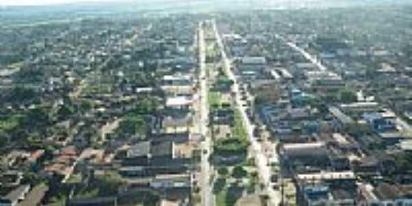 Vista aérea da Avenida central de Xinguara-Foto:leosk810