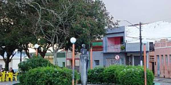 Alagoa Nova-PB-Praça no centro-Foto:Paraíba Criativa