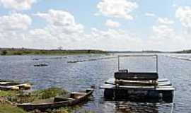 Ara�agi - Cria��o de Til�pias na Barragem de Ara�agi-Foto:Saulo Nazion