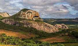 Araruna - Parque Estadual de Pedra da Boca - Foto: Carla Belke.