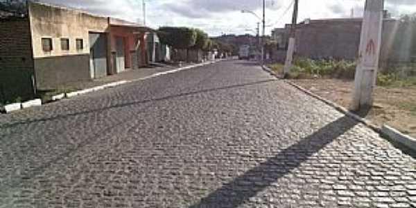 Aroeiras-PB-Rua da cidade-Foto:Facebook