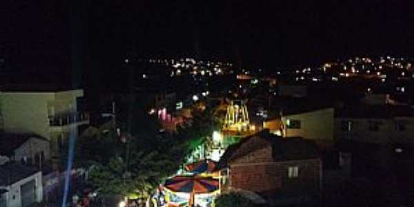 Aroeiras-PB-Vista noturna do centro-Foto:Facebook