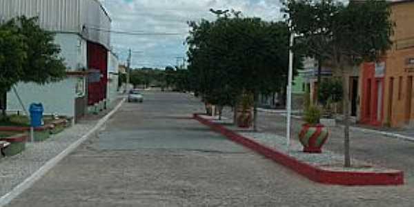 Baraúna-PB-Avenida ao lado da Praça central-Foto:jornaldebarauna.