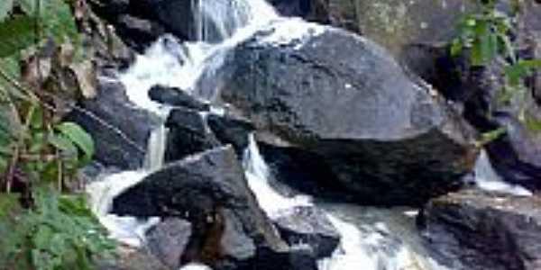 Parte da Cachoeira do Roncador