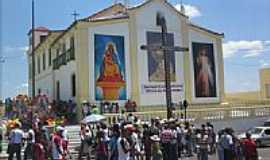 Candeias - Igreja de N.Sra.das Candeias em Candeias-BA-Foto:kleberbambam85